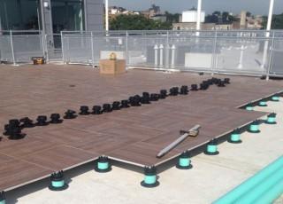 Porcelain Pavers For Roofs Amp Decks Tile Tech Porcelain