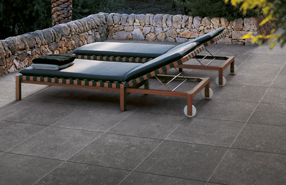 Black-Stone-Porcelain-Pavers-Pool-Deck-01