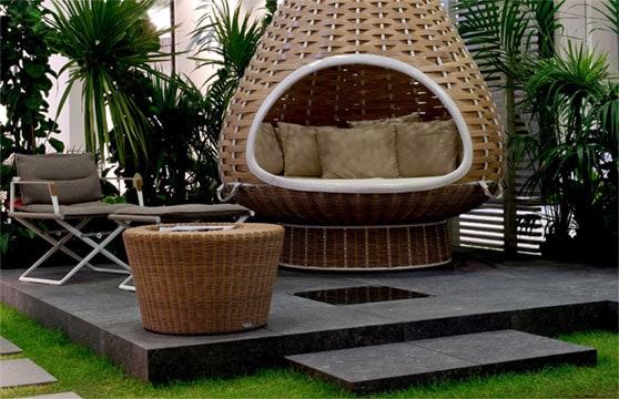 Black-Stone-Porcelain-Pavers-Pool-Deck-03
