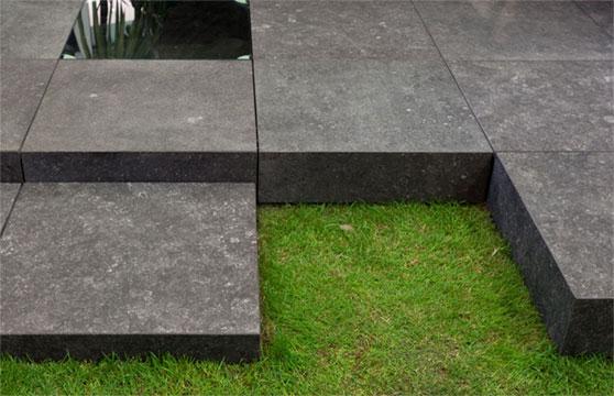 Black-Stone-Porcelain-Pavers-Pool-Deck-04