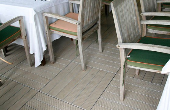 Natural-Plank-Porcelain-Pavers-Resturant-Deck-02