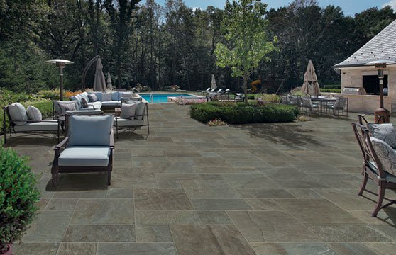 Pennsylvania-Bluestone-Porcelain-Pavers-Pool-Deck-01
