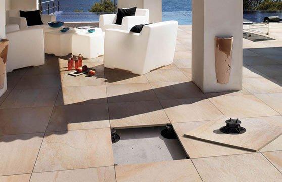 Quartzite-Gold-Porcelain-Pavers-Raised-Deck-01