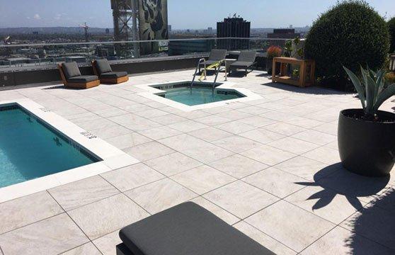 Quartzite-White-W-Hotel-Roof-Deck-01