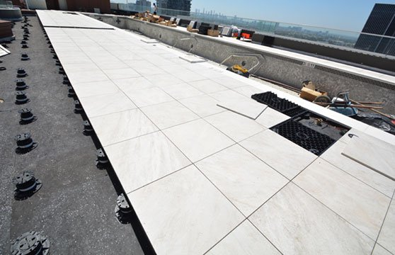 Quartzite-White-W-Hotel-Roof-Deck-02