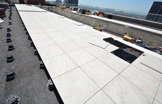 Quartzite-White-W-Hotel-Roof-Deck-02