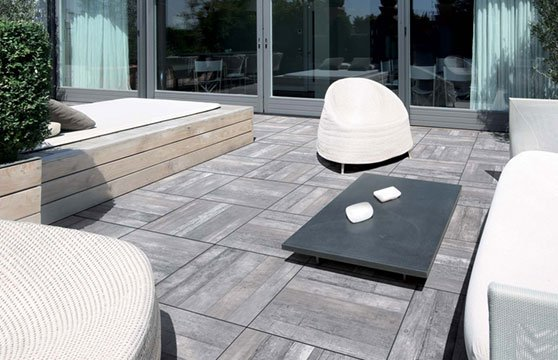 Rustic-Gray-Porcelain-Pavers-Raised-Deck-02