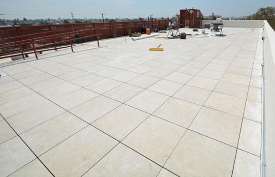 Sand-Stone-Porcelain-Roof-Deck-01