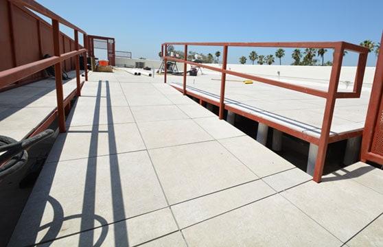 Sand-Stone-Porcelain-Roof-Deck-02