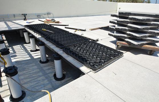Sand-Stone-Porcelain-Roof-Deck-03