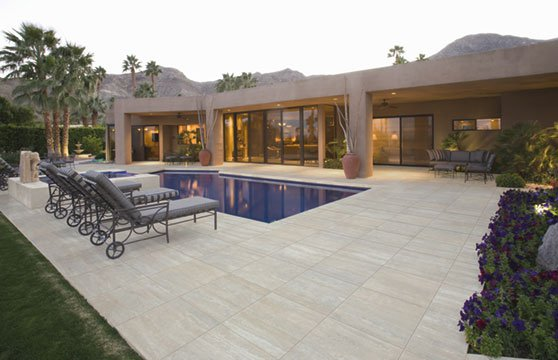 Travertine-Tan-Porcelain-Pavers-Pool-Deck-01
