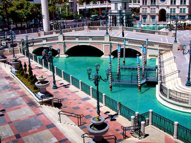Plaza Deck - Venetian Hotel & Casino