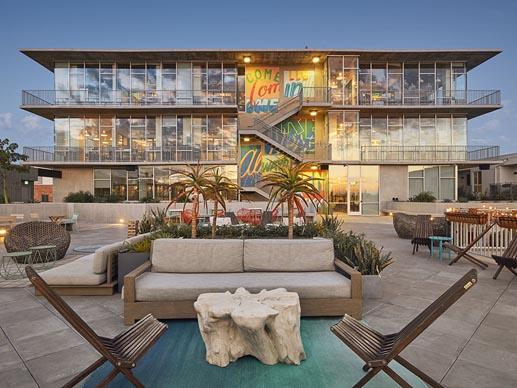 Mixed Use Rooftop Deck Pedestals