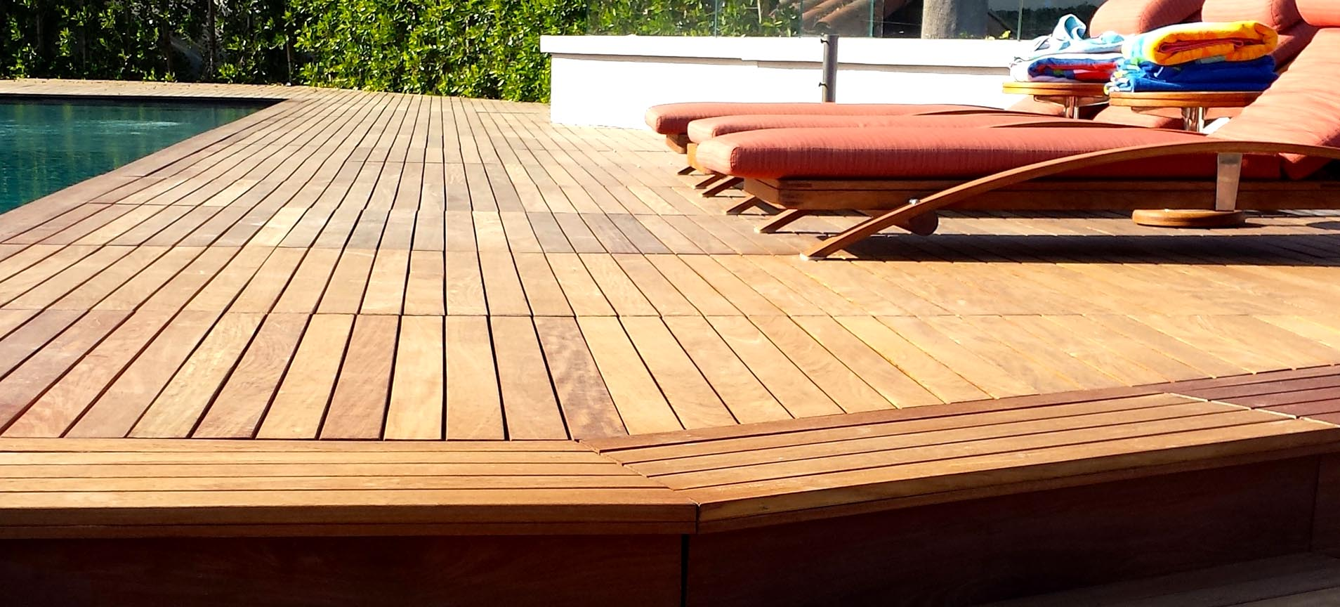 Why Building a New Deck is Better Than Re-Decking