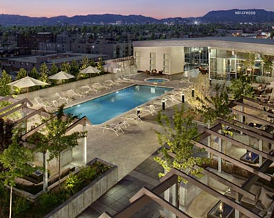 Solair-Rooftop-Pool-Deck-00-T