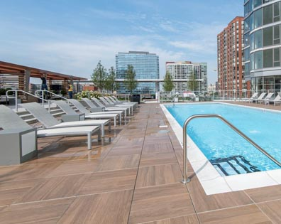 1001 South State Apartments - Pool Deck