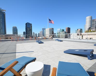 Vermella at Harrison - Rooftop Deck