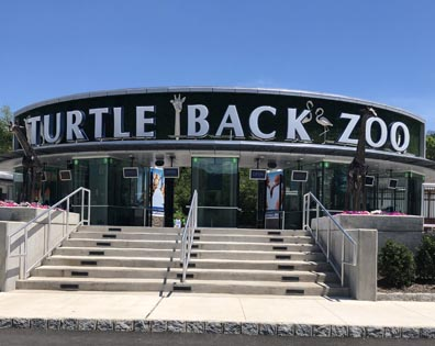Turtle Back Zoo - Restaurant Deck