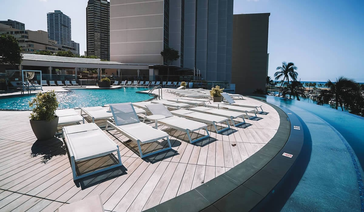 The Best Outdoor Pavers for Hotel & Hospitality