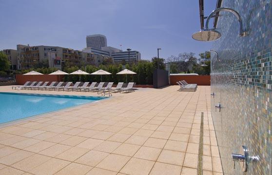 Terrazzo-Mocha-Gold-Porcelain-Pavers-Pool-Deck-Pedestal-01