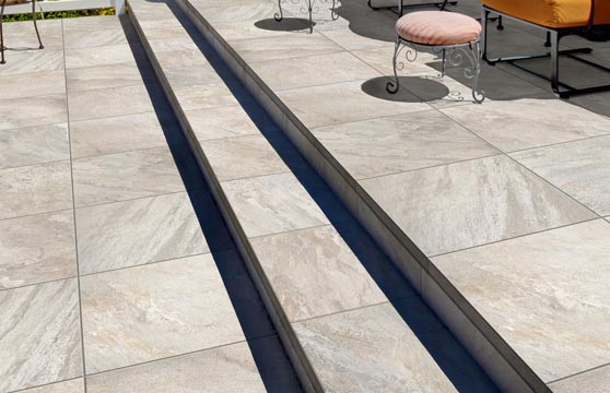 Quartzite-Cloud-Porcelain-Pavers-Deck-04