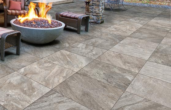 Quartzite-Laguna-Porcelain-Pavers-Patio-02