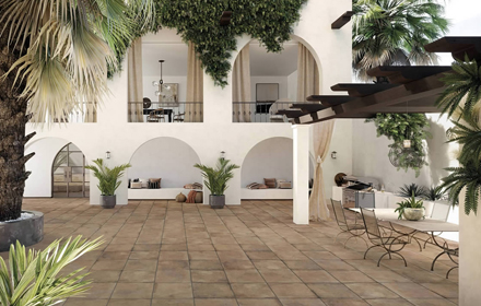Terracotta_Porcelain-Pavers_Patio-Deck_01