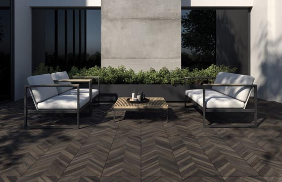 Wood-Chevron-Nut-Porcelain-Pavers_Deck-01-1