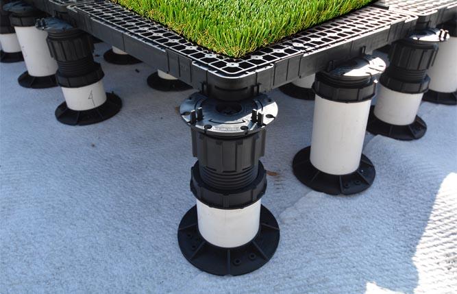 Roof-Deck-Artificial-Turf-Pedestal-Pavers-02