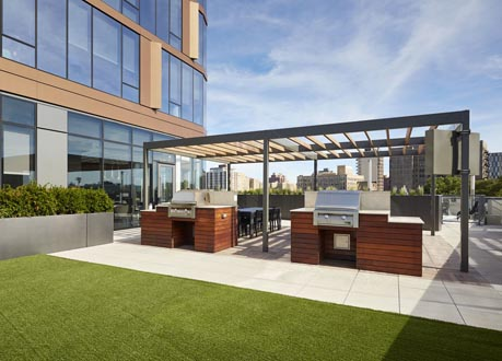 Roof-Deck-Synthetic-Turf-Porcelain-Pavers