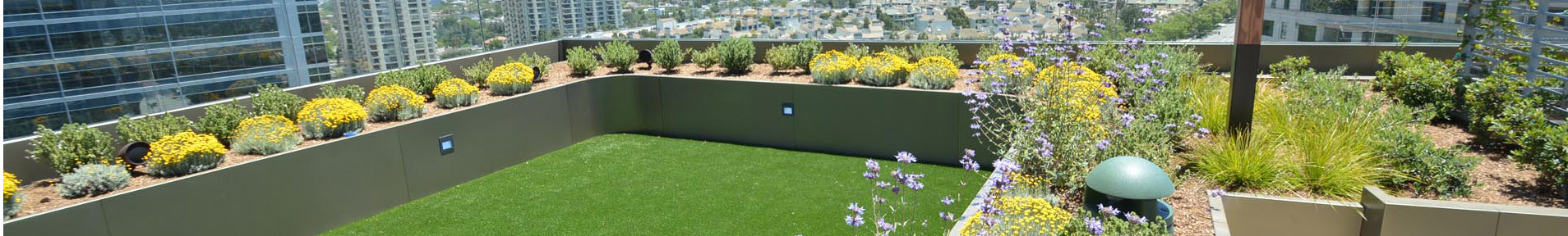 Roof-Turf_Banner_01