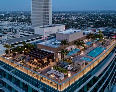 One Museum Square - Rooftop Pool Deck